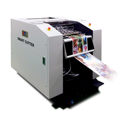 GMP SMART CUTTER 350 – Photo cutting system